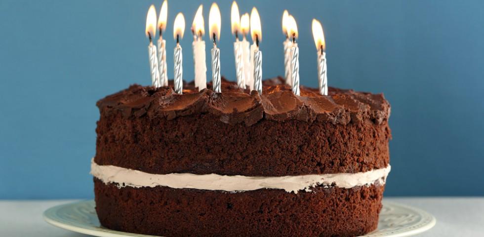 Torte di compleanno semplici 5 idee diredonna for Idee per torte di compleanno