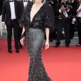 Julianne Moore in Armani Privé a Cannes 2015