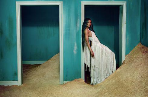 La cantante Ciara sexy musa per Roberto Cavalli