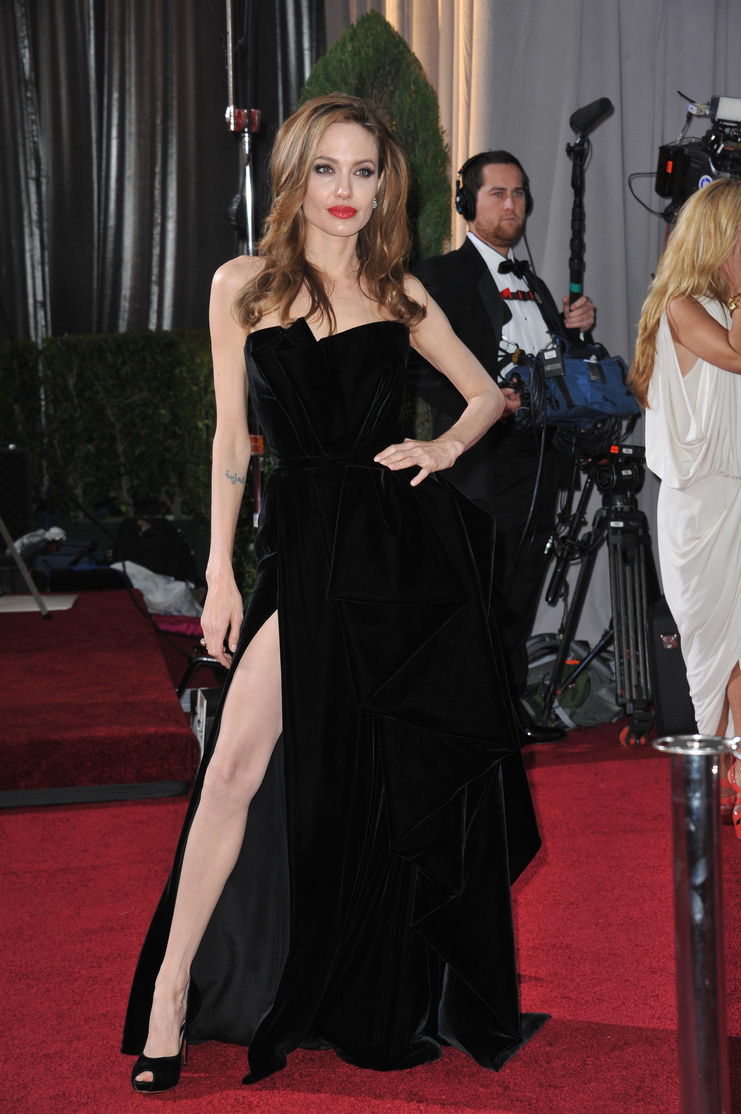Angelina Jolie: i 5 look più belli dell'attrice
