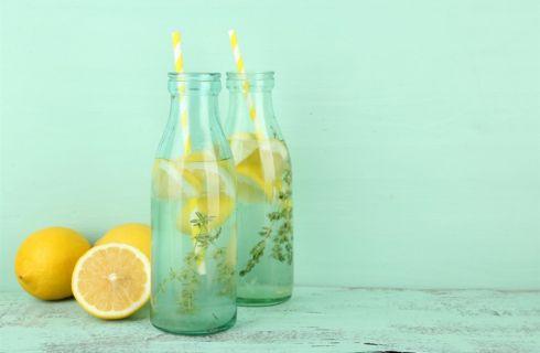 Acqua e limone: il segreto di bellezza delle star