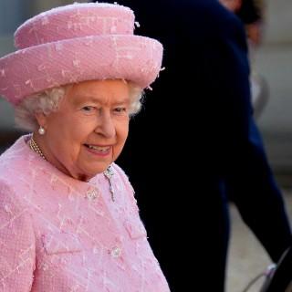 Tanti auguri alla Regina Elisabetta: God Save the Queen