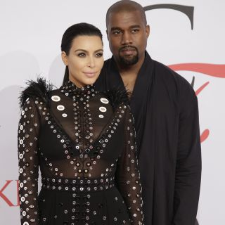 Kim Kardashian affitta lo stadio per festeggiare Kanye West