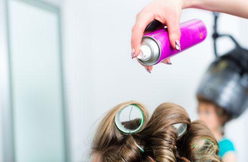 Lacca per capelli: come sceglierla