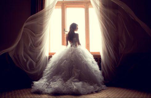 Scegliere il vestito da sposa: la guida per non sbagliare