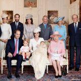 La famiglia reale inglese il giorno del battesimo della principessa Charlotte