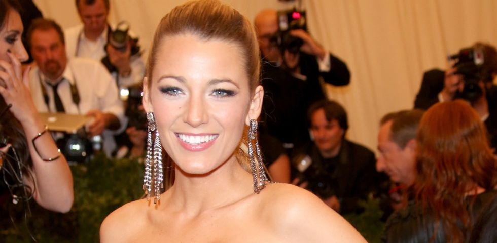 Blake Lively allatta la piccola James su Instagram
