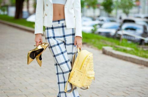 Crop top: come sceglierlo e indossarlo