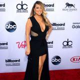 Cabina Armadio Mariah Carey.Blake Lively Mostra La Cabina Armadio Dedicata Alle Scarpe Su