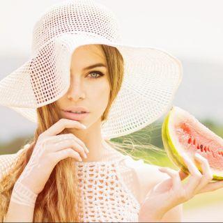 10 alimenti che fanno bene alla pelle