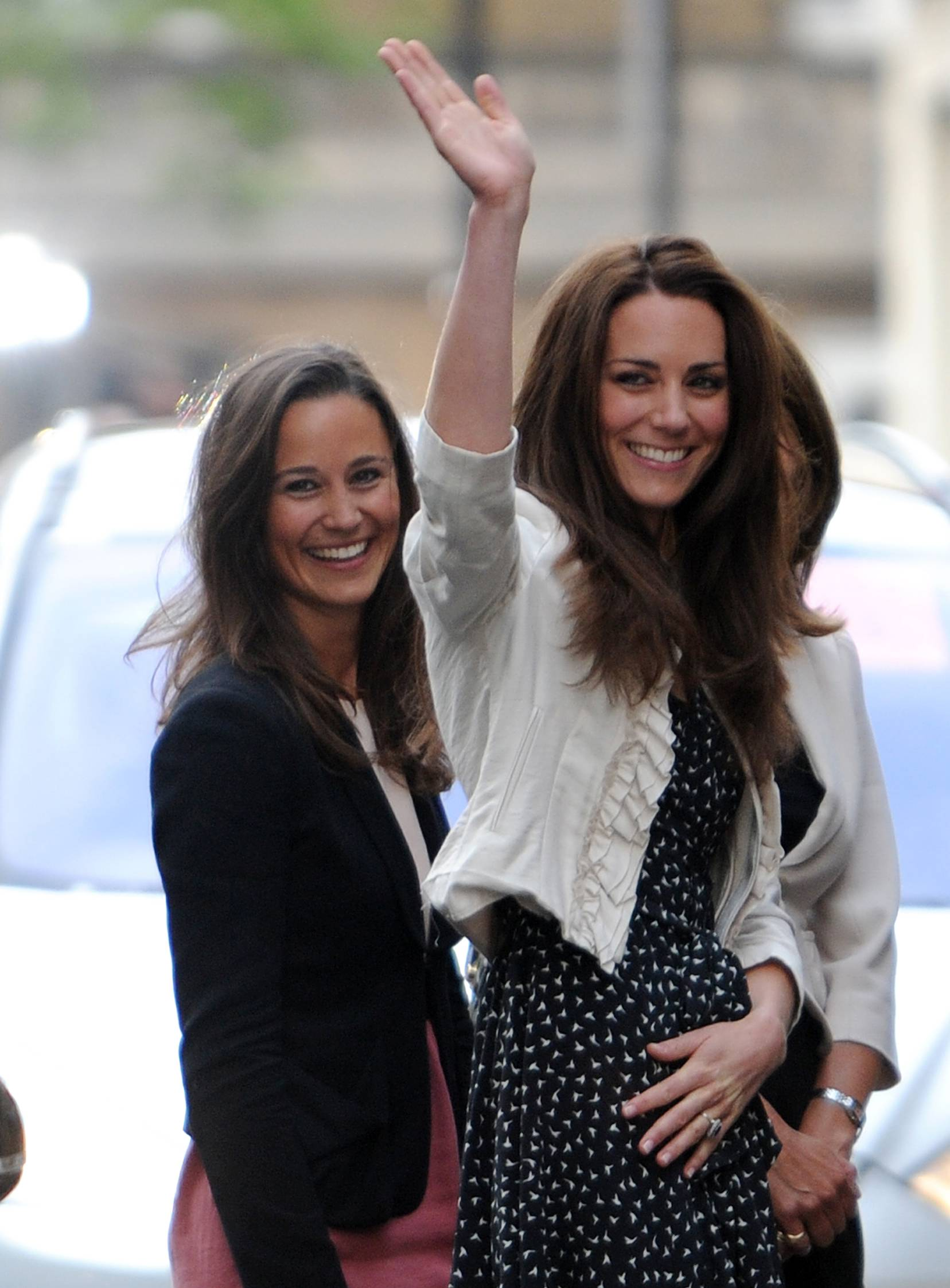 Pippa e Kate Middleton: guerra a colpi di look
