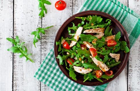 Insalata di pollo: 3 condimenti originali