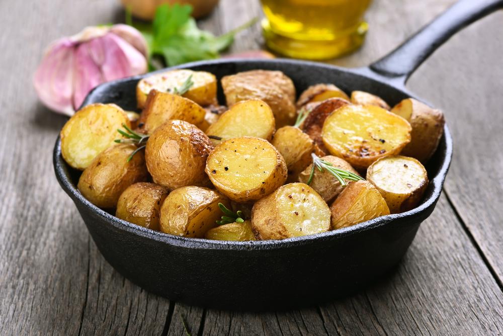 patate in padella erbe aromatiche