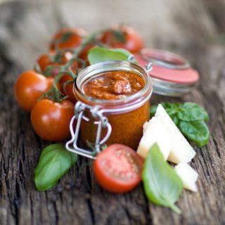 Pesto alla siciliana: la ricetta tradizionale