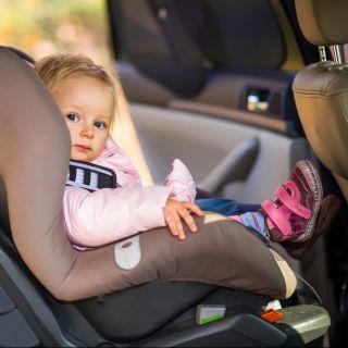 Sicurezza del bambino in auto: i consigli