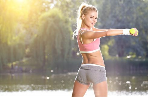 Esercizi per allenare e rinforzare i muscoli della schiena