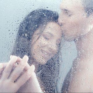 Sesso sotto la doccia: le posizioni migliori