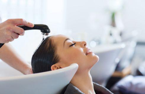 Shampoo colorante: pro e contro