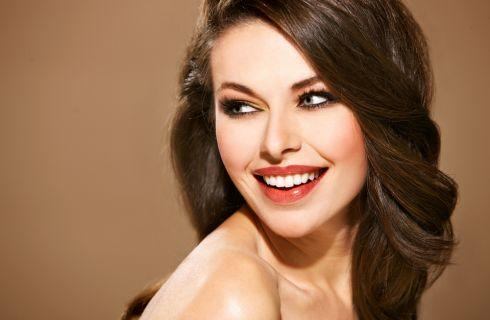 Denti bianchi: i consigli per un sorriso perfetto