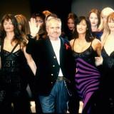 Claudia Schiffer con Gianni Versace