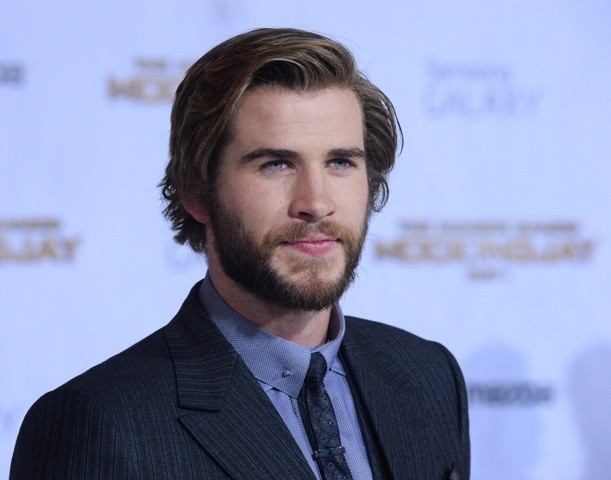 Liam Hemsworth archivia Miley Cyrus e fa coppia con Gabriella Brooks