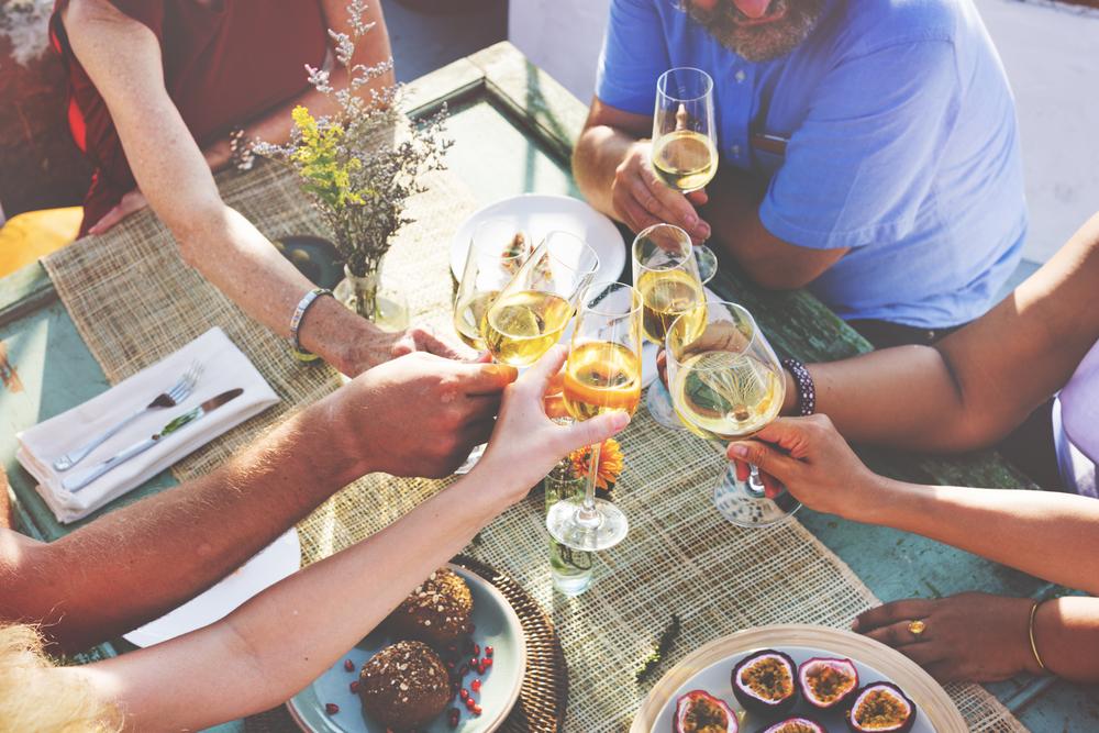 Idee per un aperitivo in terrazza diredonna for Idee per aperitivo a casa