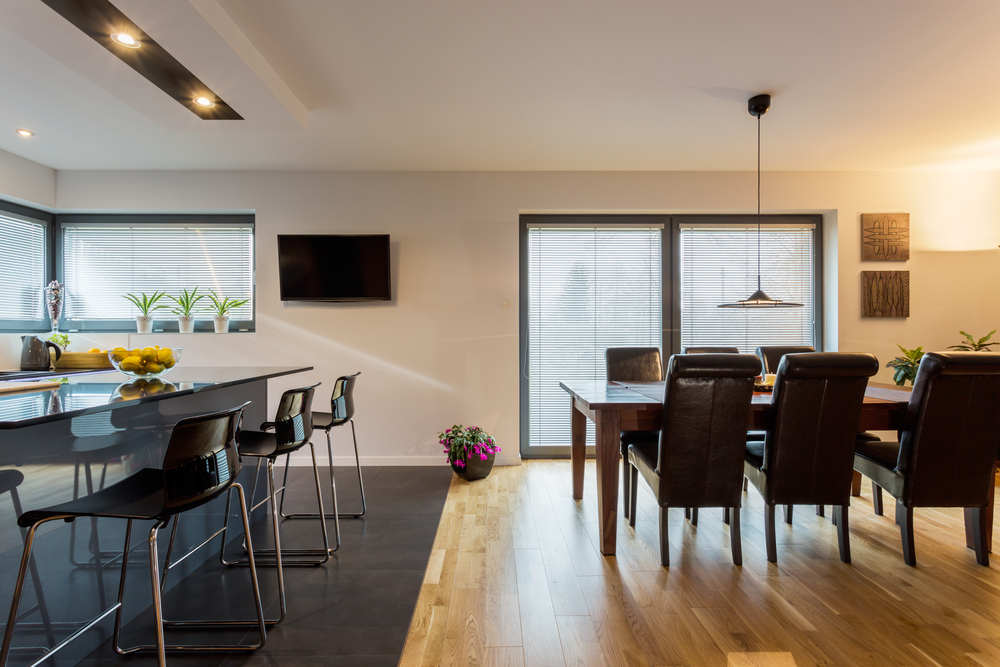 Pavimenti sala e cucina: meglio un pavimento chiaro o scuro orsolini