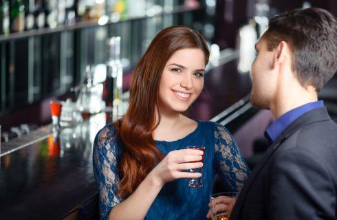 Donne single: 7 consigli per flirtare con successo