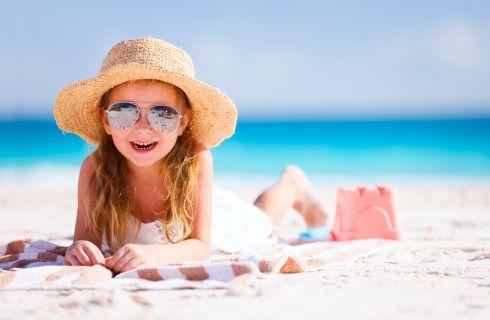 Vacanze con bambini: il necessario da portare in spiaggia