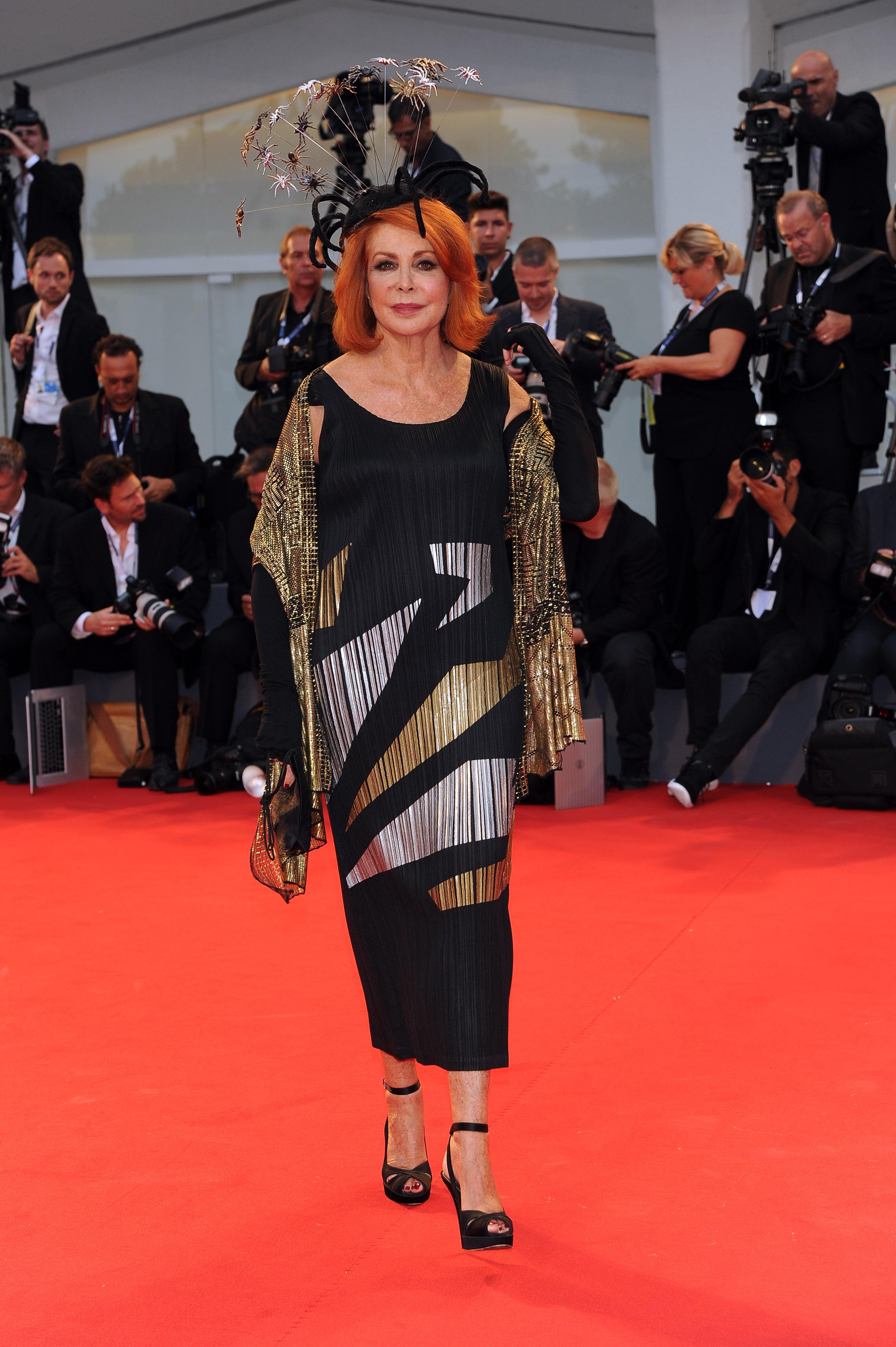 Mostra del cinema di Venezia: le foto del secondo red carpet
