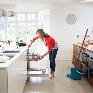 Come pulire casa: i modi per organizzare i lavori domestici