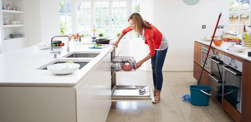 Come pulire casa organizzare i lavori domestici diredonna - Come pulire casa ...