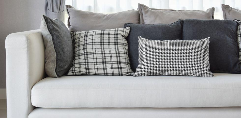Cuscini per divani guida alla scelta diredonna for Cuscini divano