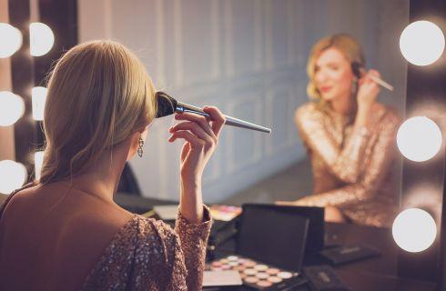 Make up: 10 segreti per apparire più bella in foto