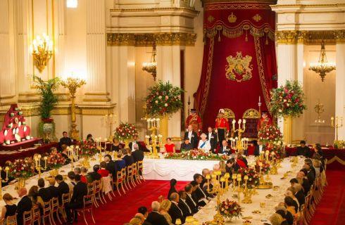 Kate Middleton: tutti i dettagli del look del primo banchetto di Stato