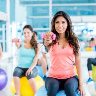 Sindrome mestruale: come combatterla con il fitness