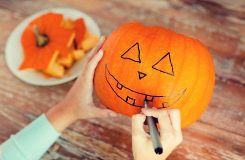 Come intagliare la zucca di Halloween passo dopo passo