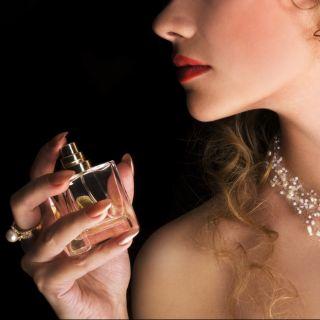 Come scegliere il profumo per un appuntamento sexy
