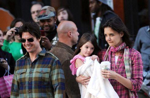 Katie Holmes vuole un mantenimento maggiore da Tom Cruise