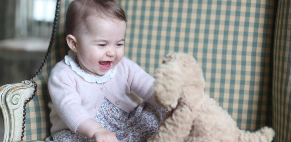 Kate Middleton: peluche e vestiti low cost per Charlotte