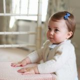 Il ritratto ufficiale della principessa Charlotte scattato per il primo compleanno dalla Duchessa di Cambridge, Kate Middleton