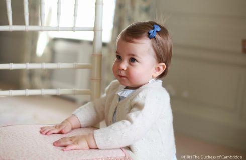 La principessa Charlotte compie un anno: foto, festeggiamenti e curiosità