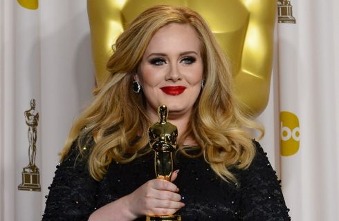 Adele: il fisco curvy non ha condizionato la mia vita