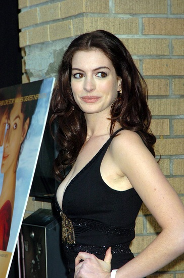 I mille look di Anne Hathaway