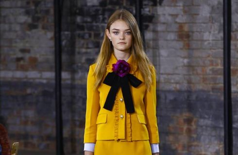 Tendenze Moda 2016: idee e consigli per indossare fiocchi