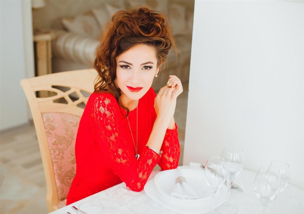 L'abito rosso: quando indossarlo e come abbinarlo   UnaDonna