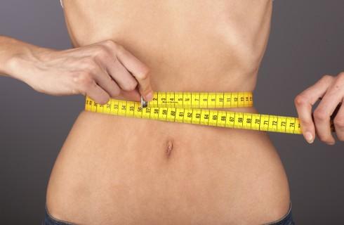 Sconfigge l'anoressia e mostra su Instagram il suo nuovo corpo