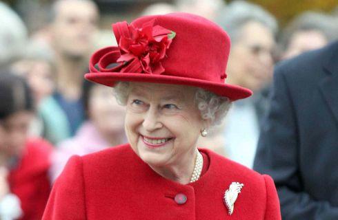 Regina Elisabetta: sempre sportiva, non rinuncia al cavallo