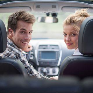 Sesso in macchina: le posizioni migliori