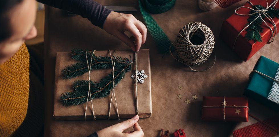 spesso Regali di Natale 2016: come fare la confezione regalo | DireDonna NC47